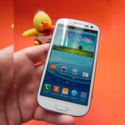 Review Samsung Galaxy S III - smartphone quad core cu funcții atractive, asistent virtual inutil, design alunecos (Video)