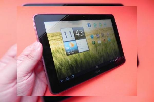 Review Acer Iconia Tab A200 - tabletă Tegra 2 roșie ca un Ferrari, nu la fel de rapidă (Video)