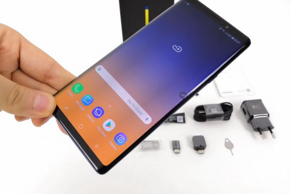 Samsung Galaxy Note 9 (Exynos 9810) - Unboxing