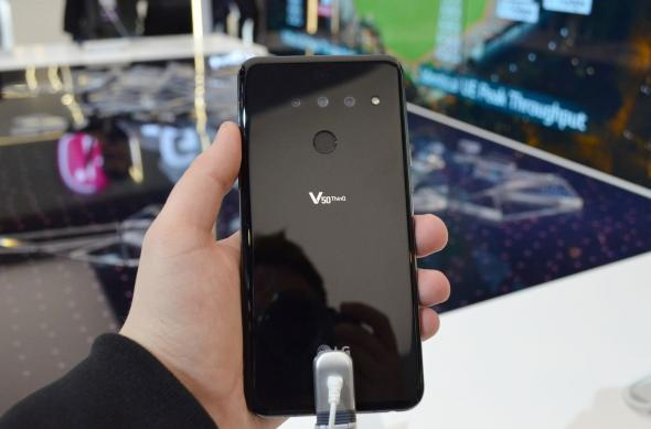 LG V50 ThinQ - Fotografii hands-on: LG-V50-ThinQ_002.jpg