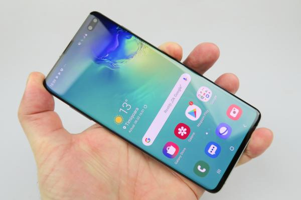 Samsung Galaxy S10+ - Galerie foto Mobilissimo.ro
