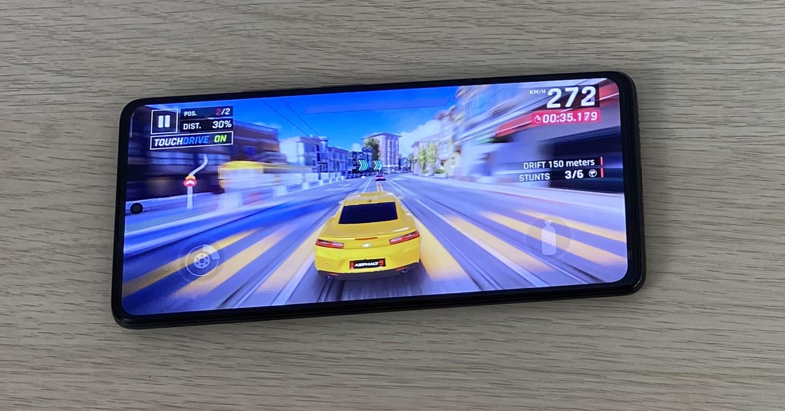 Xiaomi 11T Pro: Benchmark-uri la duel cu cele mai însemnate flagshipuri din 2021 thumbnail