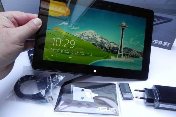 Asus VivoTab RT TF600T - Unboxing