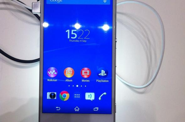 IFA 2014: Sony Xperia Z3 Compact hands on - micul flagship care controlează un PlayStation 4 (Video): img_0653jpg.jpg