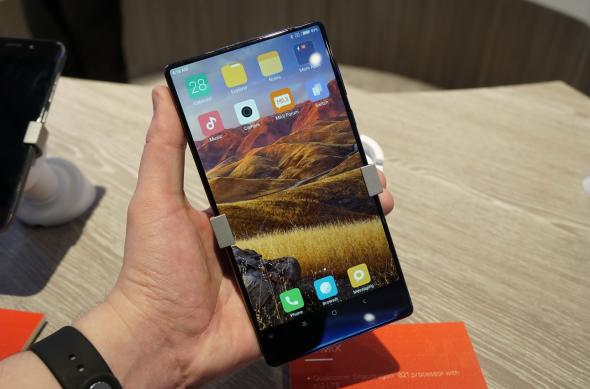 Xiaomi Mi MIX, fotografii hands-on de la MWC 2017 din Barcelona: Xiaomi-Mi-MIX_002.JPG