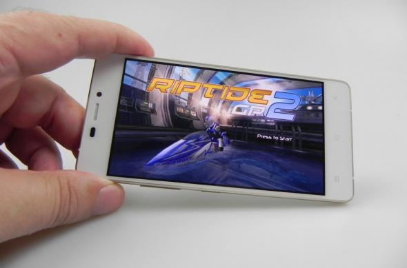 Allview X2 Soul Mini Review: un telefon ultraslim și elegant cu display bun, cu mici probleme de soft la captura video (Video): allview_x2_soul_mini_review_077jpg.jpg