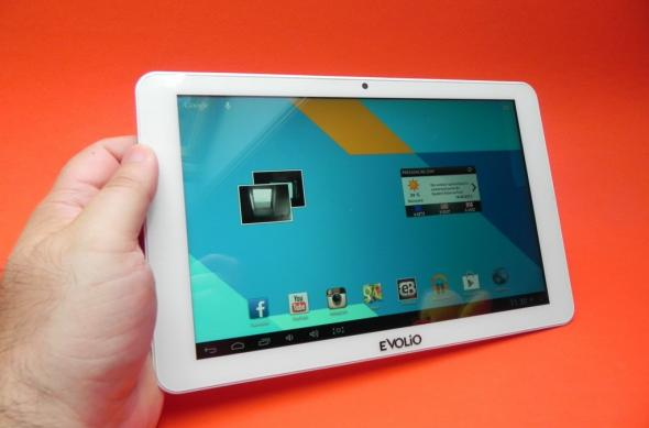Review Evolio Quadra: design atractiv, ecran deloc rău și per total o tabletă quad core de calitate (Video): evolio_quadra_review_mobilissimo_ro_02jpg.jpg