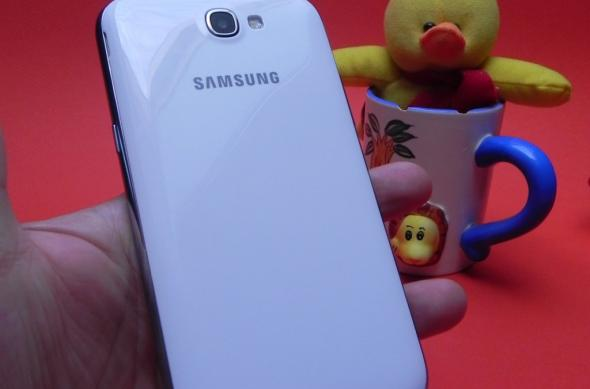 Review Samsung Galaxy Note II - cel mai bun device Android de pe piață, pentru cei cu mâini mari și dare de mână (Video): 32_samsung_galaxy_note_ii_review_mobilissimo_ro.jpg