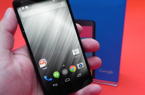 LG Nexus 5 review: mai bun decât Nexus 4, dar sub precursorul LG G2 (Video): lg_nexus_5_review_mobilissimo_ro_01jpg.jpg