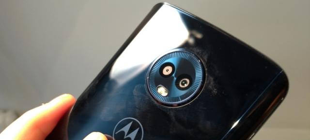 "Motorola Moto G6 hands-on: linia mediană între confort şi ""factorul X"" (Video)"