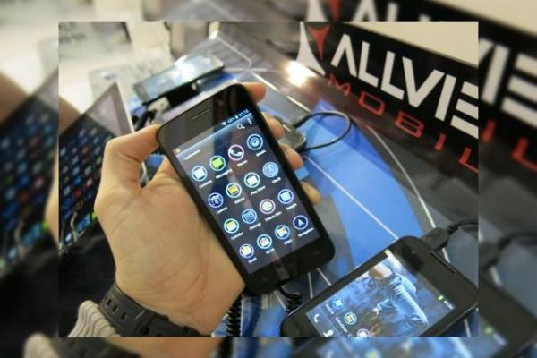 MWC 2013: Allview P5 Quad Într-un video preview În premieră din Bacelona; Telefonul Allview quad core e aici! (Video)
