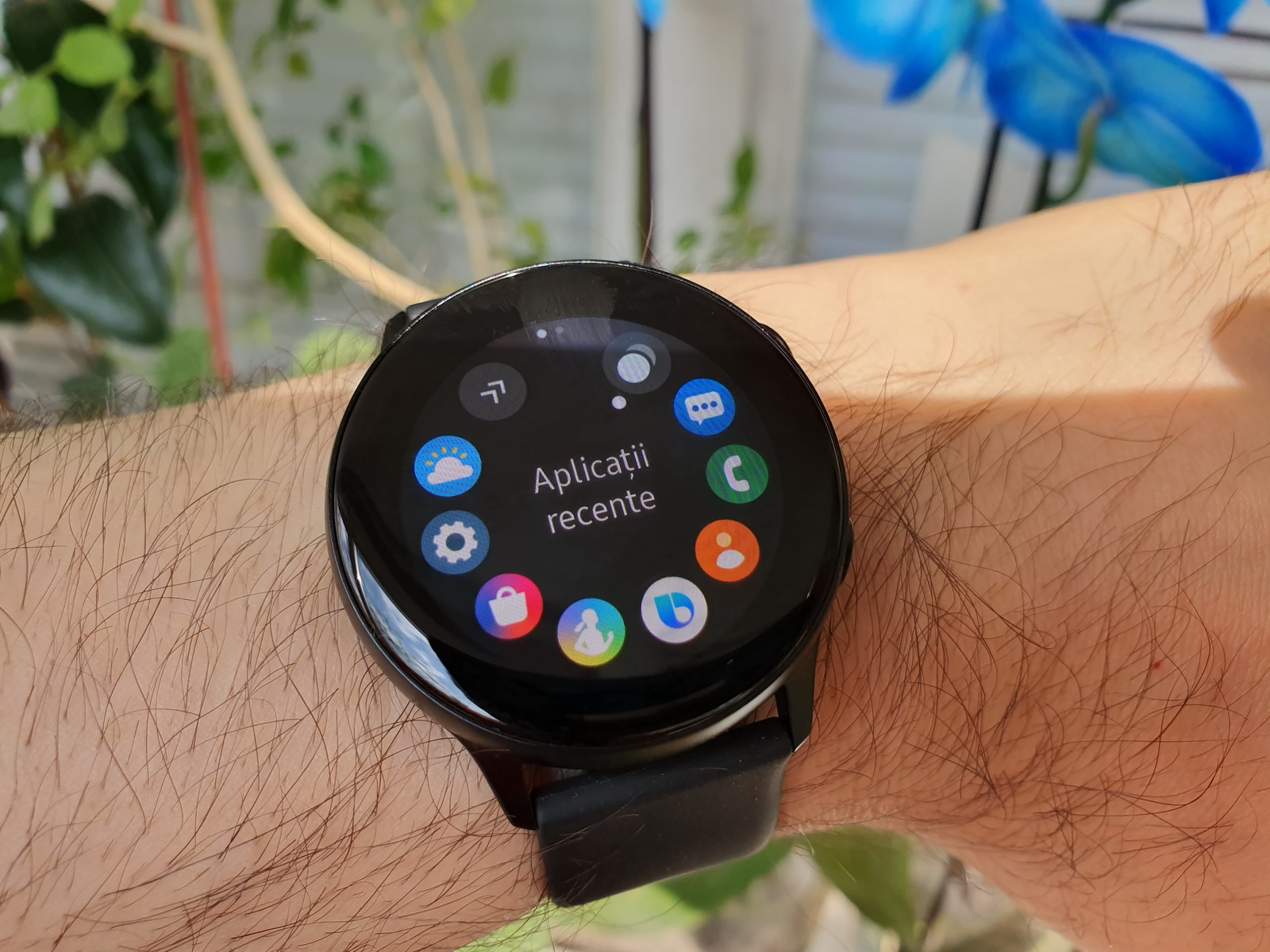 Samsung Galaxy Watch Active Review: ceas compact de fitness, cu funcţii premium de pe rivalii mai scumpi (Video)