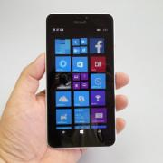 Microsoft Lumia 640 XL LTE Review: cel mai bun ecran de model Windows Phone, telefon ideal de luat la mare, dacă nu filmezi cu el... (Video)