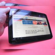 Review Motorola Xoom 2 - tabletă cu design inedit, interfață fluidă, preț puțin cam mare (Video)