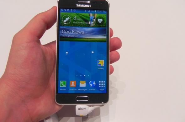 IFA 2014: Samsung Galaxy Alpha hands on - Samsung dovedește că e loc și de metal În galaxia sa (Video): dscn9330jpg.jpg