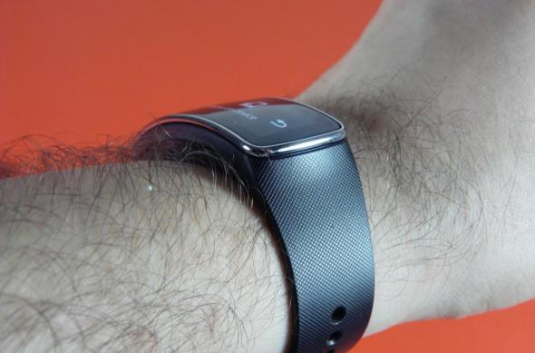 Samsung Gear Fit Review: gadget de fitness cu design atractiv, dar cu unele lipsuri (Video): samsung_gear_fit_review_mobilissimo_29jpg.jpg
