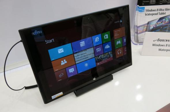 MWC 2013: Fujitsu Arrows Tab Q852/F Într-o scurtă experienta hands on (Video): fujitsu_arrows_tab_q852_f_02jpg.jpg
