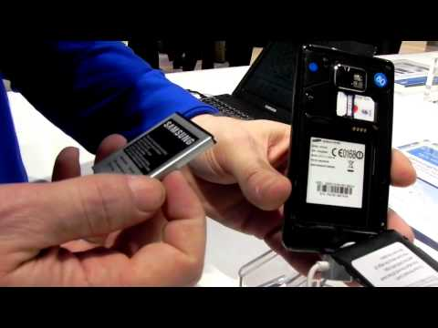 Exclusive: Samsung Galaxy S II, removing the battery - Mobilissimo TV
