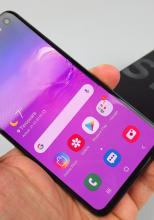 Samsung Galaxy S10e Unboxing + mini review: incredibil de compact, poate subestimat (Video)