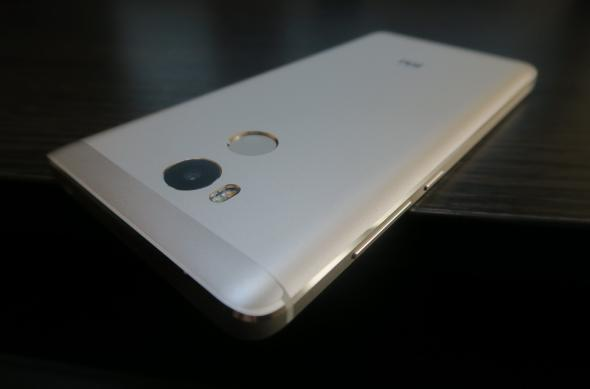 Xiaomi Redmi 4 - Fotografii Hands-On: Xiaomi-Redmi-4_023.JPG