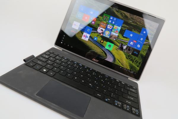 Acer Switch 3 - Galerie foto Mobilissimo.ro