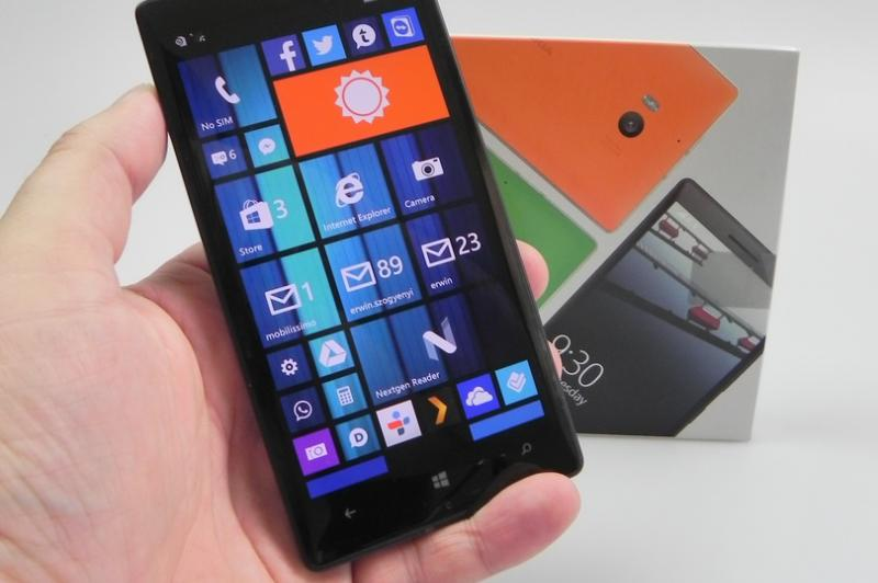 Nokia Lumia 930 - Unboxing: Nokia-Lumia-930-review_001.JPG