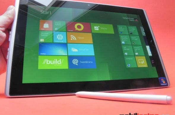 ASUS Eee Slate B121 Review/Windows 8 Developer Preview - o privire asupra unei tablete business, cu viitorul Windows la pachet (Video): asus_eee_slate_b121_mobilissimo_12.jpg
