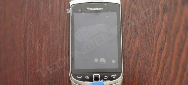 BlackBerry Torch 2 surprins În acțiune Într-un clip hands-on (Video)