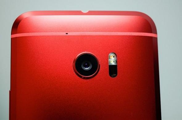 HTC 10 Rosu Camelia - Fotografii hands-on: HTC 10 - Red (12).jpg