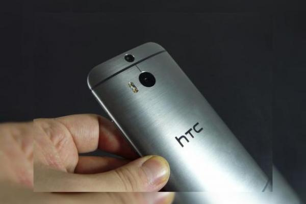 HTC One (M8) prezentare Mobilissimo: HTC Sense 6.0, Extreme Power Saving Mode, Duo Camera (Video)