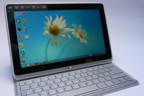 Acer Iconia W700 - Galerie foto Mobilissimo.ro