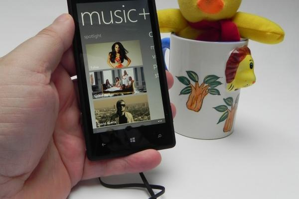 HTC Windows Phone 8X - Unboxing